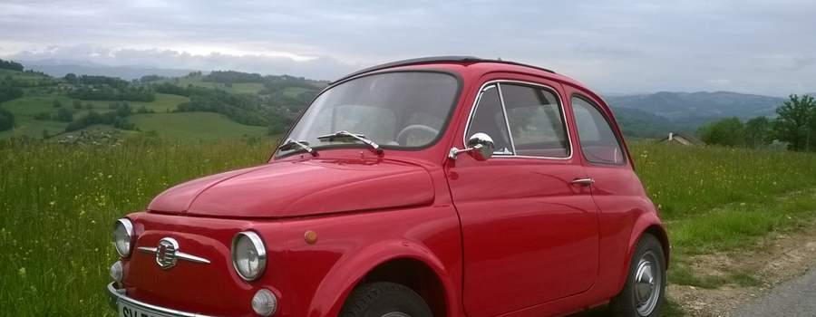 Fiat 500 'Rosso Luiggi' de 1967 AVEC et  SANC Chauffeur