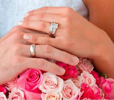 Beispiel: Hochzeitsfloristik, Foto: Blumen Reinhard.
