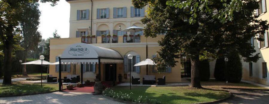Rechigi Park Hotel