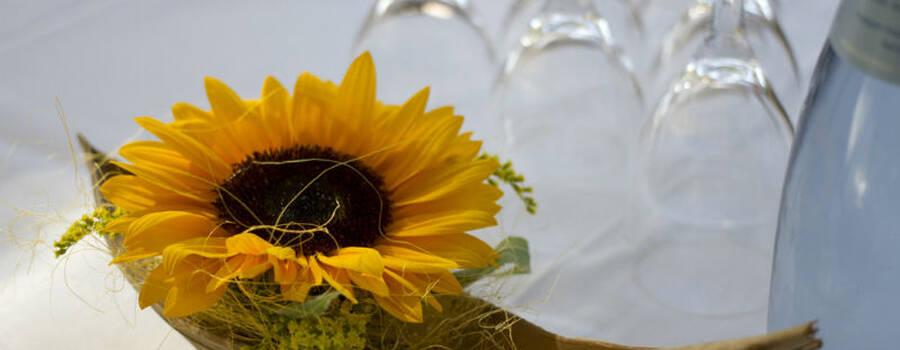 Beispiel: Wunderschöner Blumenschmuck, Foto: Hussen und mehr...