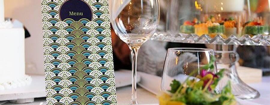 Collection Paonade : Symbole même de la beauté, le paon est un oiseau légendaire. En amour il est connu pour être le meilleur. Il fait tout pour tirer son épingle du jeu. Parfait pour les désireux d'un mariage unique et surprenant !