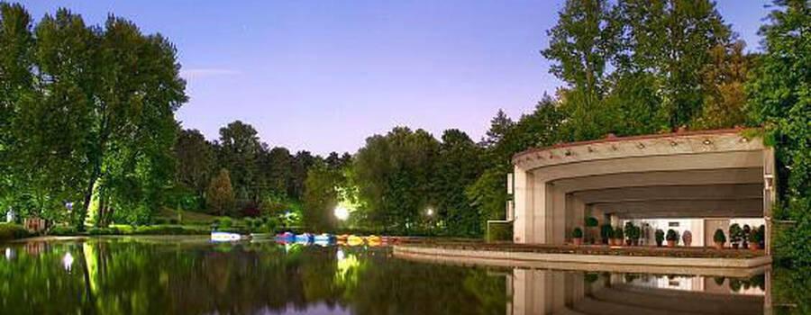 Beispiel: Außenansicht, Foto: Schürmanns im Park.