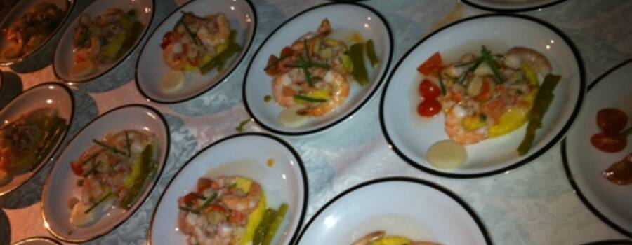 Abril Cócteles y Banquetes