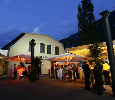 Beispiel: Außenbereich, Foto: Otten Gravour.