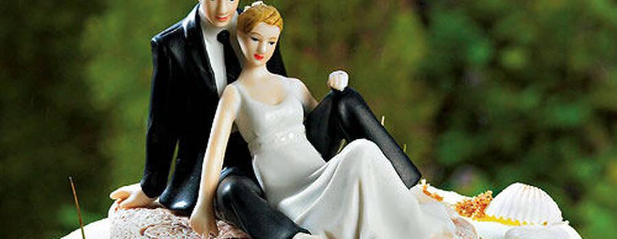 Beispiel: Tortenfiguren, Foto: Heiratshop.