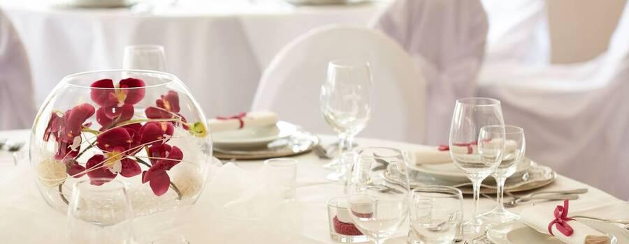 Beispiel: Ihr Hochzeitsgedeck, Foto: Feinkost Fischer.