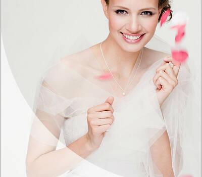 Lafanta Brautmode Berlin I Brautkleider nach deinen Wünschen