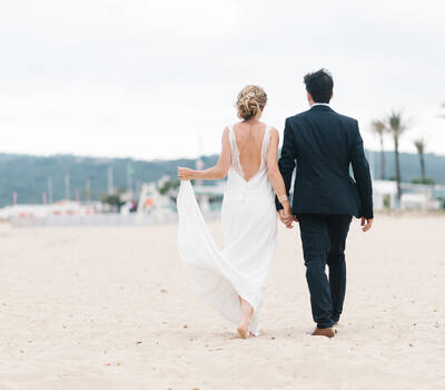 Mariage pieds dans le sable