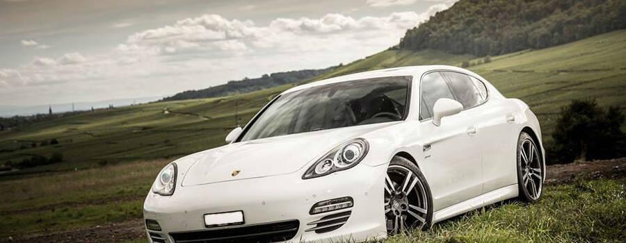 Magnum Loc : Porsche Panamera 4S