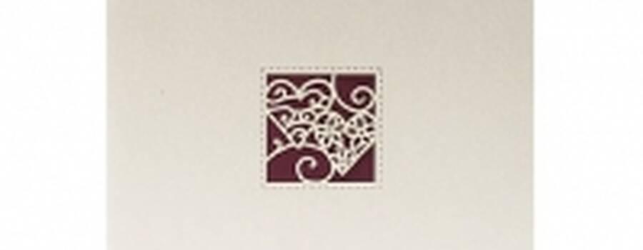 Beispiel: Hochzeitseinladung, Foto: Druckerei Rinas.