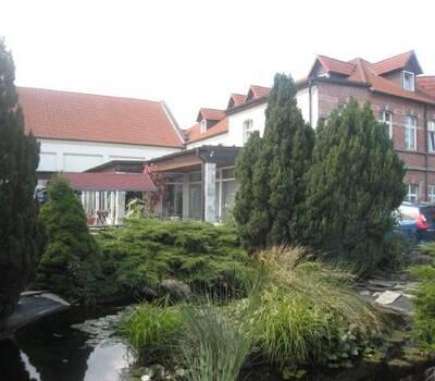 Beispiel: Ihre Hochzeitslocation, Foto: Hotel Schöne Aussicht.