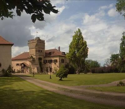 Beispiel: Aussenansicht, Foto: Schloss Geyersberg.