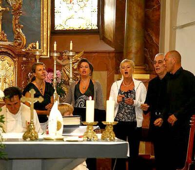 Beispiel: Kirchlicher Gospelgesang, Foto: Gospel meets Vienna.