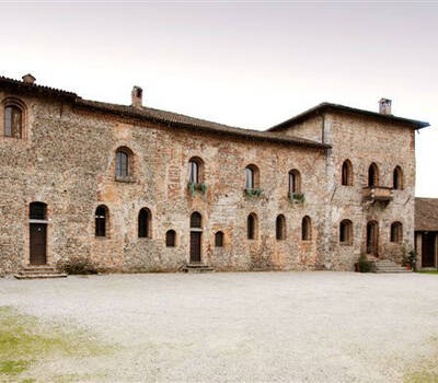 Castello Borromeo Di Corneliano Bertario
