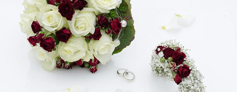 Beispiel: Hochzeitsfloristik, Foto: Blumen Sonn.
