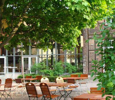 Beispiel: Terrasse, Foto: Gaststätte Alte Remise.