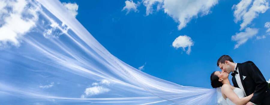 Beispiel: Hochzeitsfotos vom Profi, Foto: George Natis Photography.