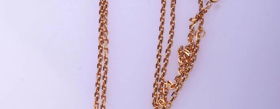 Collar Olympia, baño de oro, con cadena 80cm, piedra amatista y turquesa