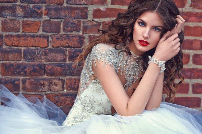 Felicity, Galia Lahav