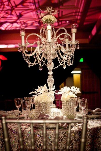 Candelabro centro de mesa inspirado en el glamour de JLo