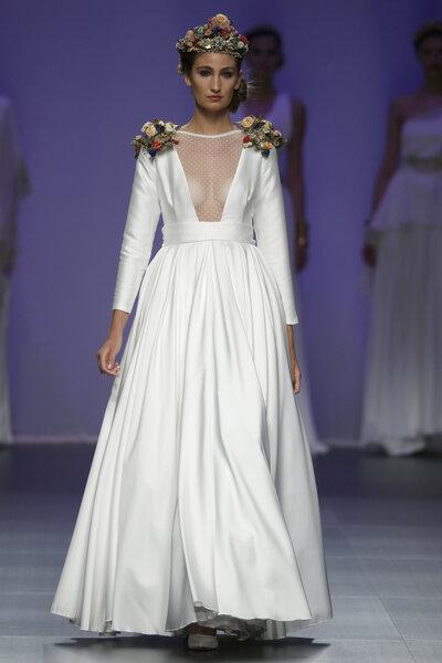 Matilde Cano primavera 2016: Vestidos de fiesta inspirados en las ...