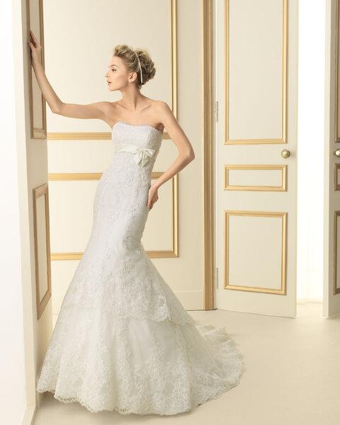 Vestidos de novia con lazo para el 2013