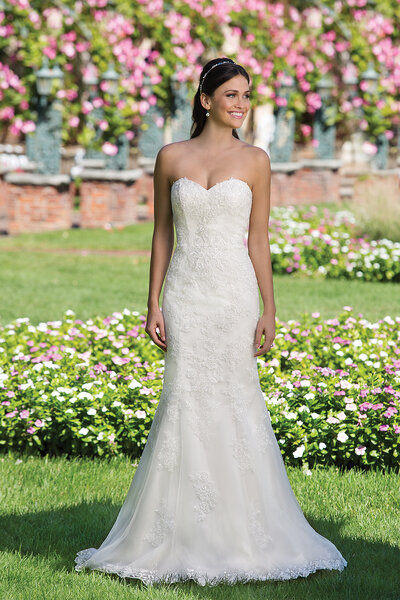 Style 3911, Sincerity Bridal.