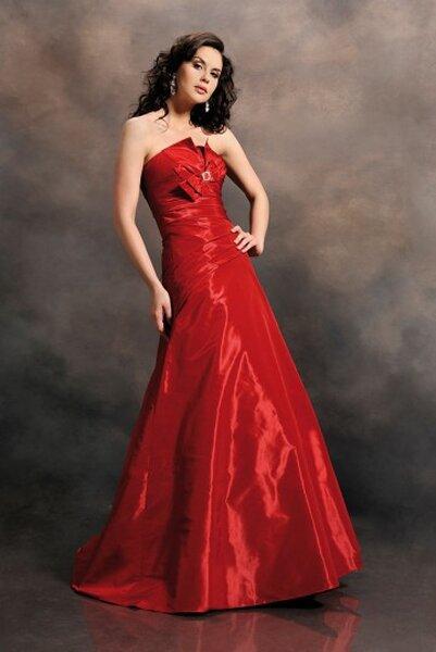 Suknia wieczorowa z kolekcji Agnes
