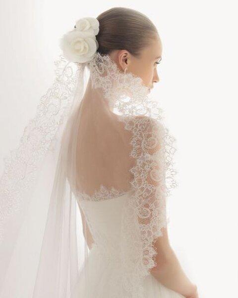 Véu para noiva, de Rosa Clará. Foto: www.rosaclara.es