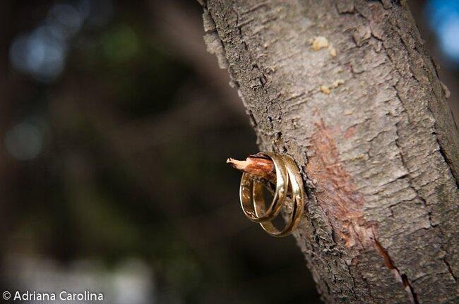 Alliances de mariage - Photo Adriana Carolina