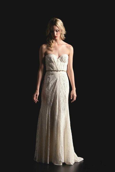 Suknia ślubna z kolekcji Sarah Seven na wiosnę 2014