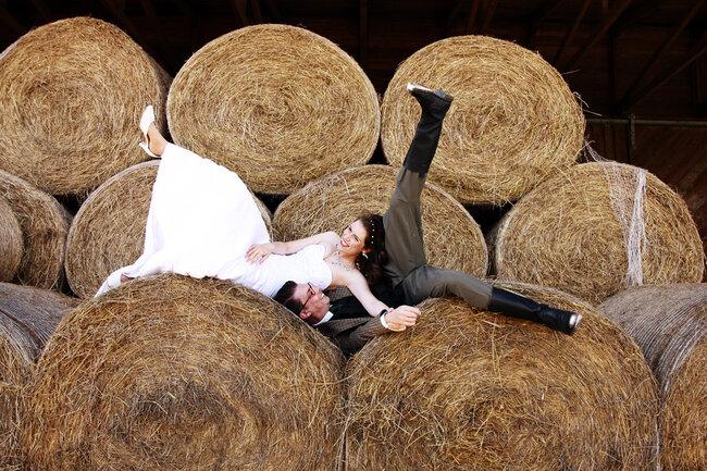 Wie wäre es mit einem Trash the dress-Shooting nach der Hochzeit?