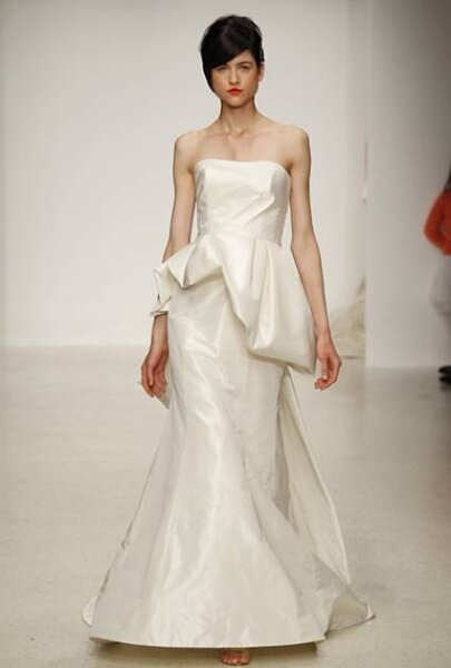Desfile de la colección de vestidos de novia en Nueva York 2013, Semana de la Moda Nupcial Amsale. Foto: Juan Aquino / Divulgación