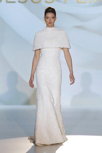 Vestidos de novia primavera 2015 de Jesús Peiró