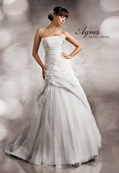 Suknia ślubna 2013 z kolekcji LightMoon firmy Agnes, model 11309
