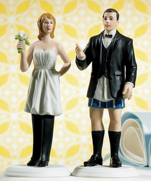 Los muñecos de novios más originales para tu tarta.