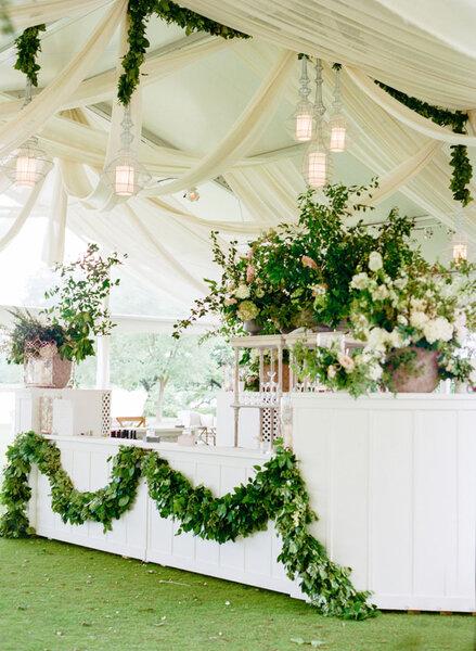 Elige una guirnalda de flores para decorar tu boda y triunfa - Decorar tu boda ...