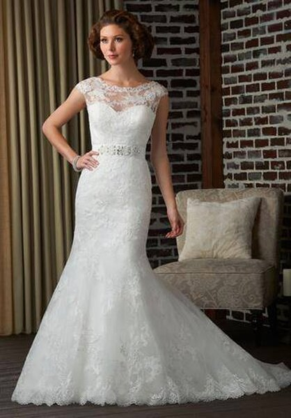 Vestidos para noivas de busto grande saia