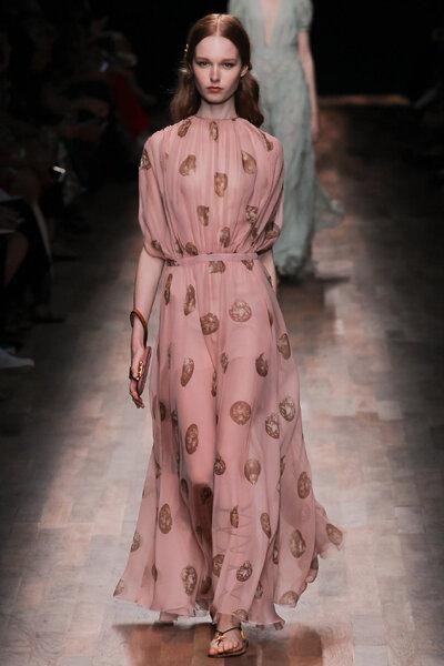 Kleid von Valentino 2015 für die Hochzeitsgäste.