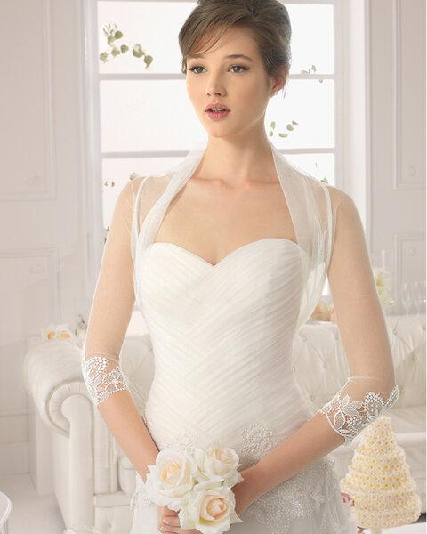 Hochzeits-Accessoires: Bolero mti dreiviertel Ärmeln und Stickereien
