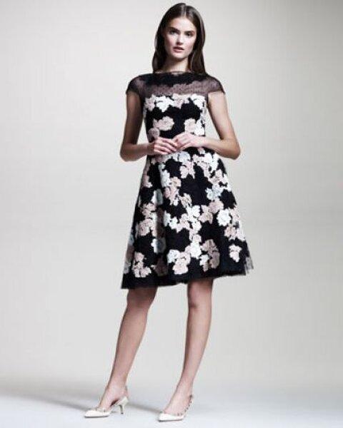 Vestidos bicolores para las invitadas a las bodas de 2013