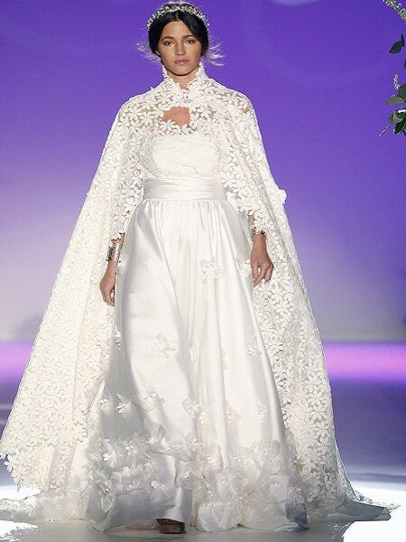 Vestido de noiva Carla Ruiz 2013. Foto Ugo Camera / Barcelona Bridal Week