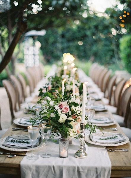 Mesa imperial conIdeias para sua mesa de casamento. centro de mesa silvestre y candelabros.