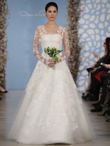 Suknia ślubna z kolekcji Oscar De la Renta 2014