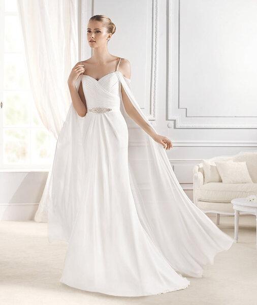 Modelo Efia. Colección Fashion, La Sposa 2015