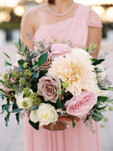 Bouquet Da Sposa Con Fiori E Foglie 2017 Must Have Per Spose Di Nuova Generazione