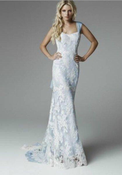 Vestido de noiva azul de Blumarine Sposa 2013. Foto: www.blumarine.com