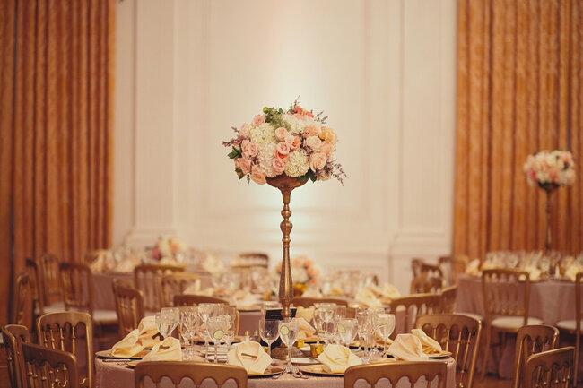 Lindísimos centros de mesa para boda - Foto: Closer to Love Photographs