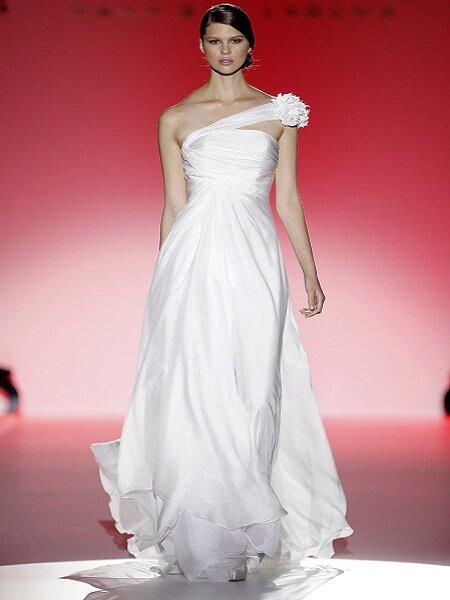Robe de mariée Hannibal Laguna 2013