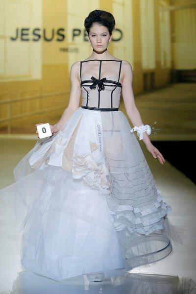 Vestidos de novia para primavera 2014 - Foto Jesús Peiró